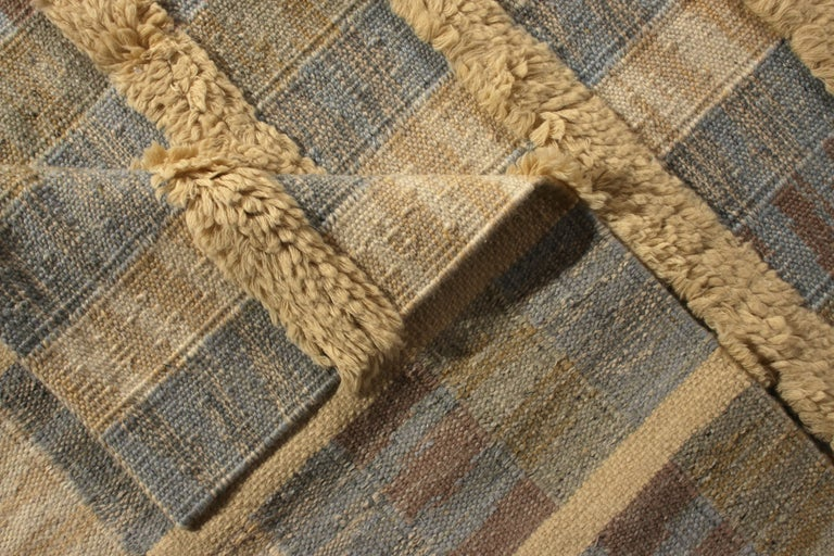 Rug & Kilim's Scandinavian Style Rug Striped High-Low Beige Blue Pattern In New Condition For Sale In Long Island City, NY