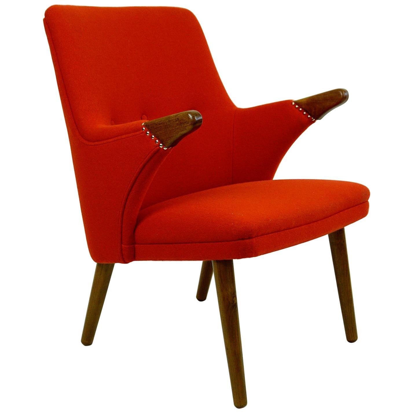 Scandinavian Svend Skipper Mini Bear Teak Lounge Chair with New Red Fabric