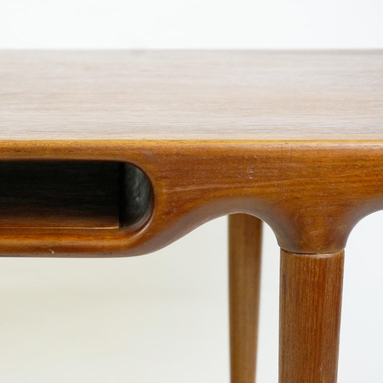 Scandinavian Teak Coffee Table Mod. 240 by Johannes Andersen for CFC Silkeborg For Sale 2