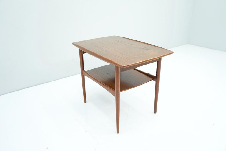 Teak wood side table from the 1960s, Denmark. Good condition.