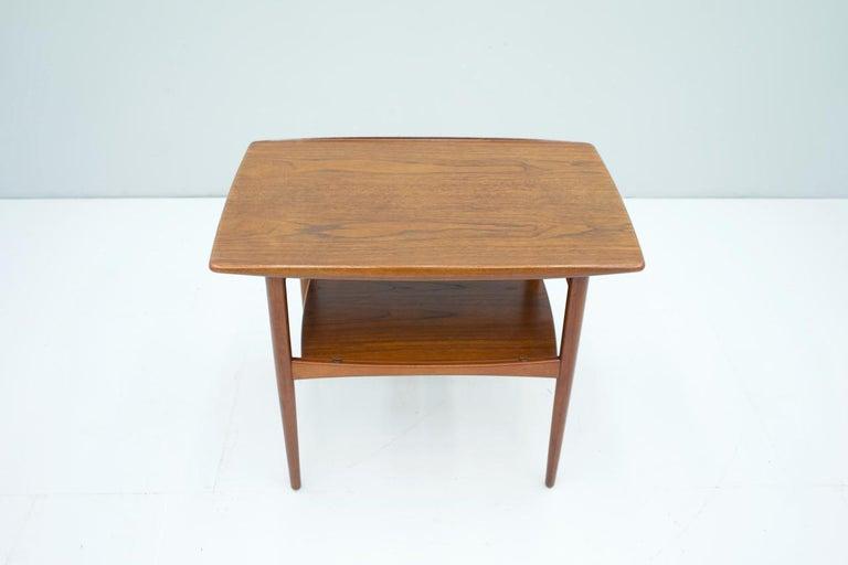 Mid-20th Century Scandinavian Teak Side Table, 1960s For Sale