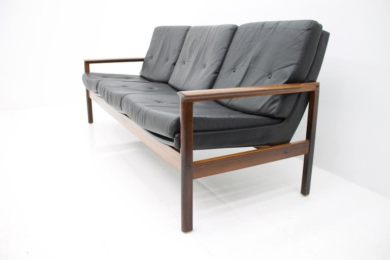 Scandinavian Folk Obsession Scandinavian Box Beds: Scandinavian Three-Seat Sofa In Wood And Leather 1960s For