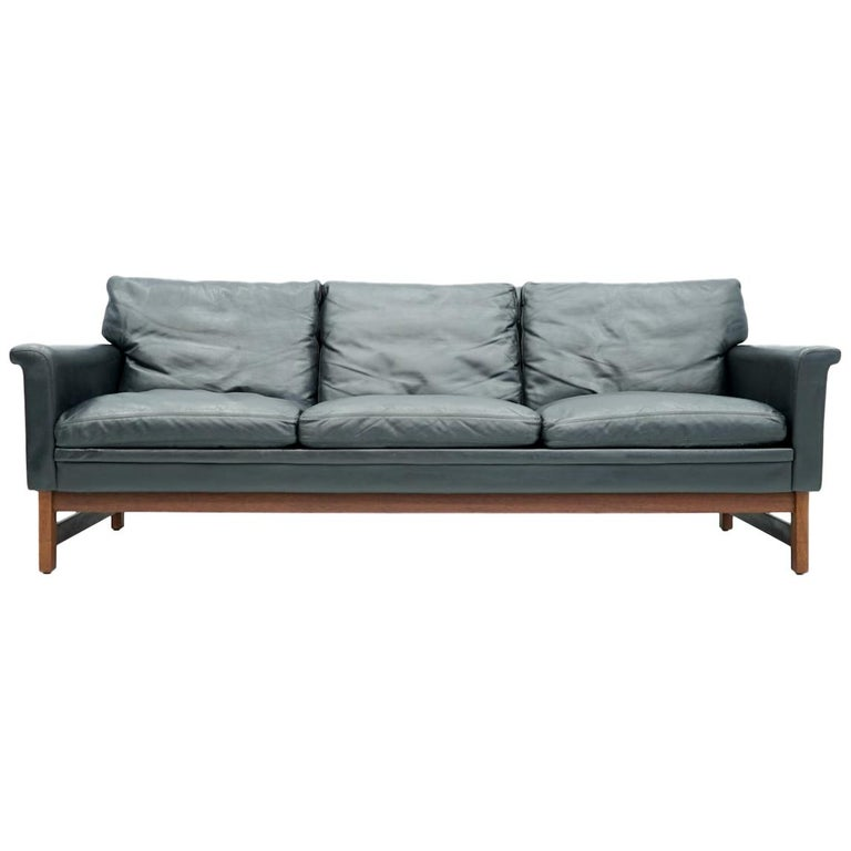 Scandinavian Three-Seat Sofa in Teak Wood and Black Leather, 1960s For Sale