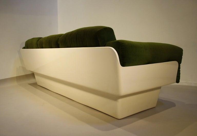 Scandinavian Fiberglass Sofa from Eero Aarnio for Asko, 1970s For Sale 3