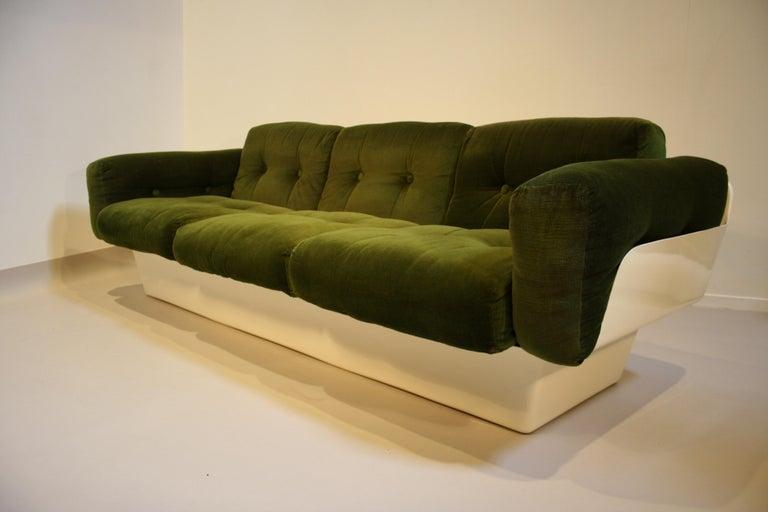 Scandinavian Fiberglass Sofa from Eero Aarnio for Asko, 1970s For Sale 4