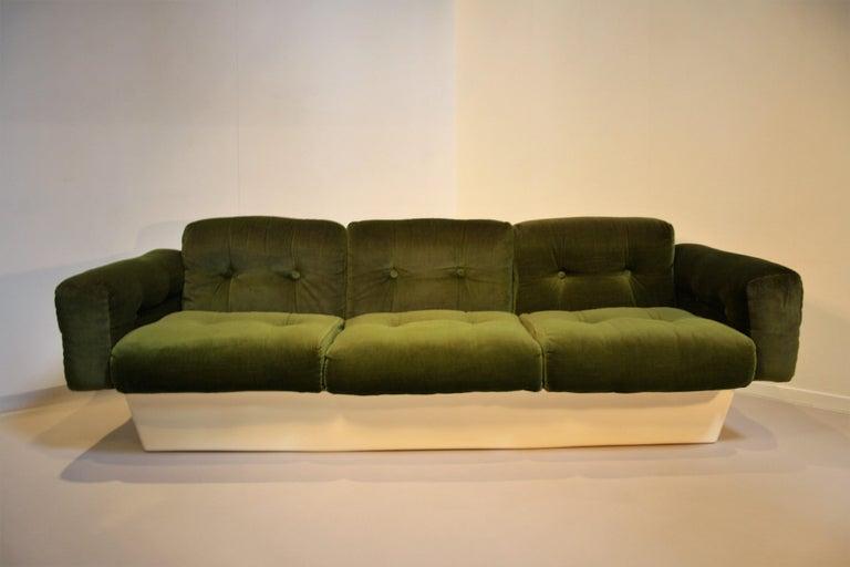 Finnish Scandinavian Fiberglass Sofa from Eero Aarnio for Asko, 1970s For Sale