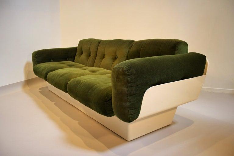 Scandinavian Fiberglass Sofa from Eero Aarnio for Asko, 1970s In Good Condition For Sale In Belgium, BE