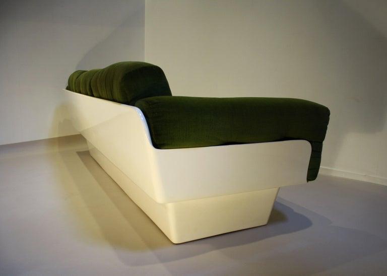 Scandinavian Fiberglass Sofa from Eero Aarnio for Asko, 1970s For Sale 2