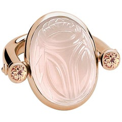 Scarab Ring in 18 Carat Rose Gold, 1 Rose Quartz 23.01 Ct, 2 Tourmalines 0.51 Ct