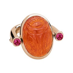 Scarab Ring in 18 ct Rose Gold, 1 Mandarin Garnet 29.66 ct, 2 Rubellites 0.54 ct