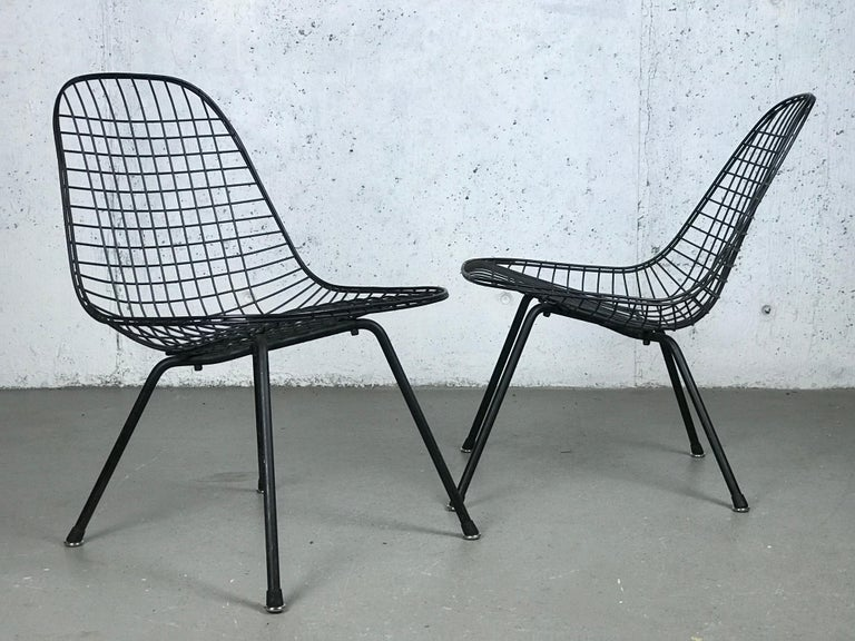 Hard-to-find First Generation Eames LKX (Low/Wire/X-base) lounge chairs, only made one year with this configuration; 1951. Made by Charles & Ray Eames for Herman Miller. 