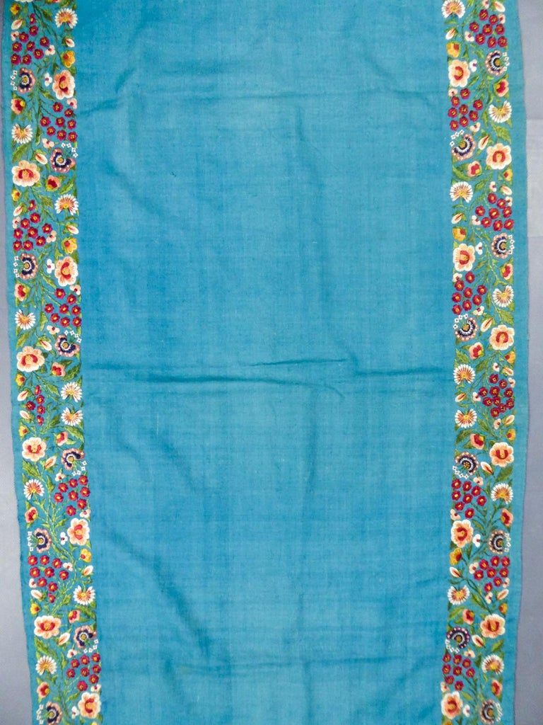 Scarf in Embroidered Pashmina - India for Europe Circa 1830/1860 For Sale 1