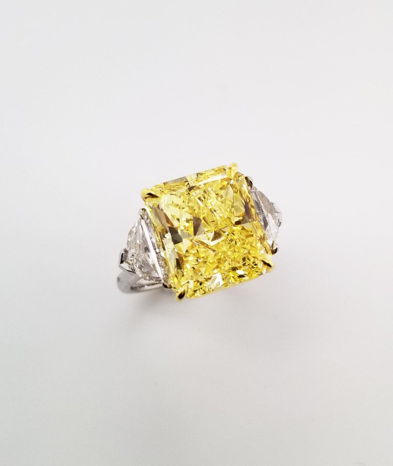 Contemporary Scarselli 10 Carat Fancy Vivid Yellow GIA Diamond in a Platinum Engagement Ring For Sale