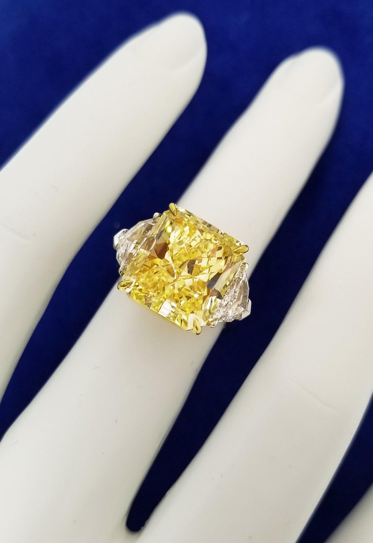 Radiant Cut Scarselli 10 Carat Fancy Vivid Yellow GIA Diamond in a Platinum Engagement Ring For Sale