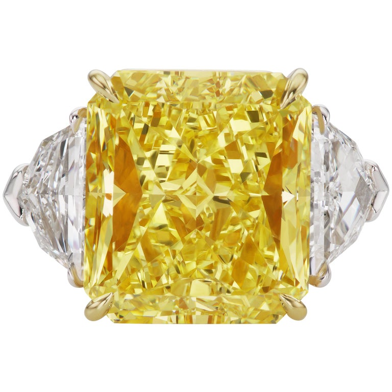 Scarselli 10 Carat Fancy Vivid Yellow GIA Diamond in a Platinum Engagement Ring For Sale