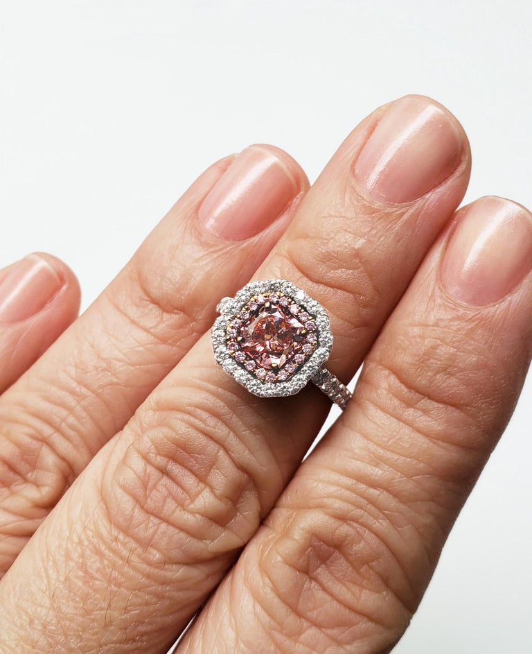Women's Scarselli 1.02 Carat Pink Diamonds in a Platinum Ring  For Sale