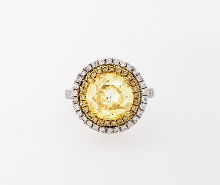 Scarselli 18 Karat Gold Ring 2 Carat Fancy Yellow Diamond GIA In New Condition For Sale In New York, NY
