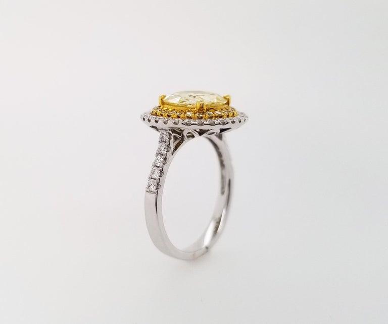 Women's or Men's Scarselli 18 Karat Gold Ring 2 Carat Fancy Yellow Diamond GIA For Sale