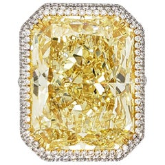 Scarselli 31 Carat Natural Fancy Yellow Diamond Ring VS1 Clarity in Platinum GIA