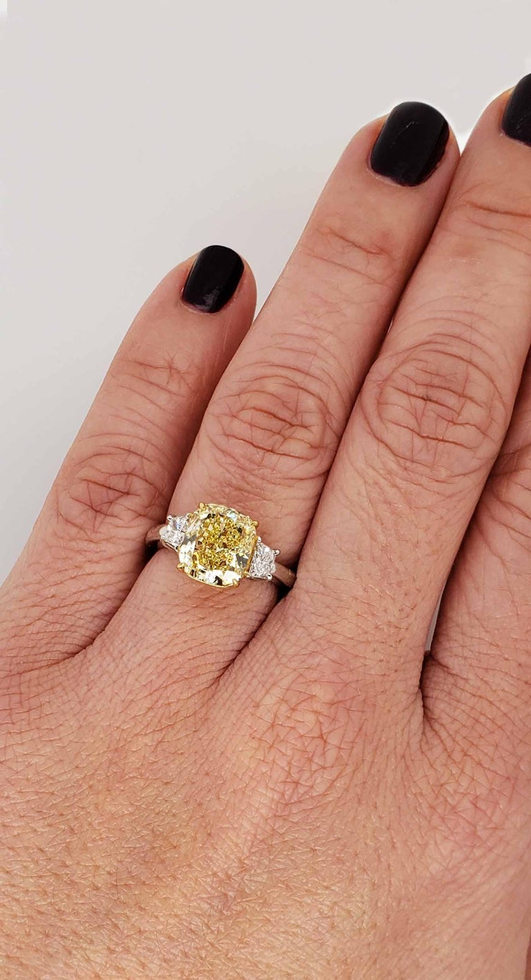 Scarselli 3.80 carat Fancy Intense Yellow Cushion Cut Diamond Engagement Ring  For Sale 3