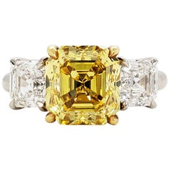 Scarselli 4 Carat Fancy Vivid Yellow Asscher Cut Diamond Ring, Platinum GIA