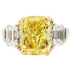 Scarselli 4.09 Carat Fancy Vivid Yellow Cushion Diamond Ring in Platinum 'GIA'