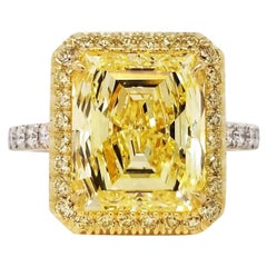 Scarselli 5 Carat Emerald Fancy Intense Yellow Diamond Engagement Ring GIA