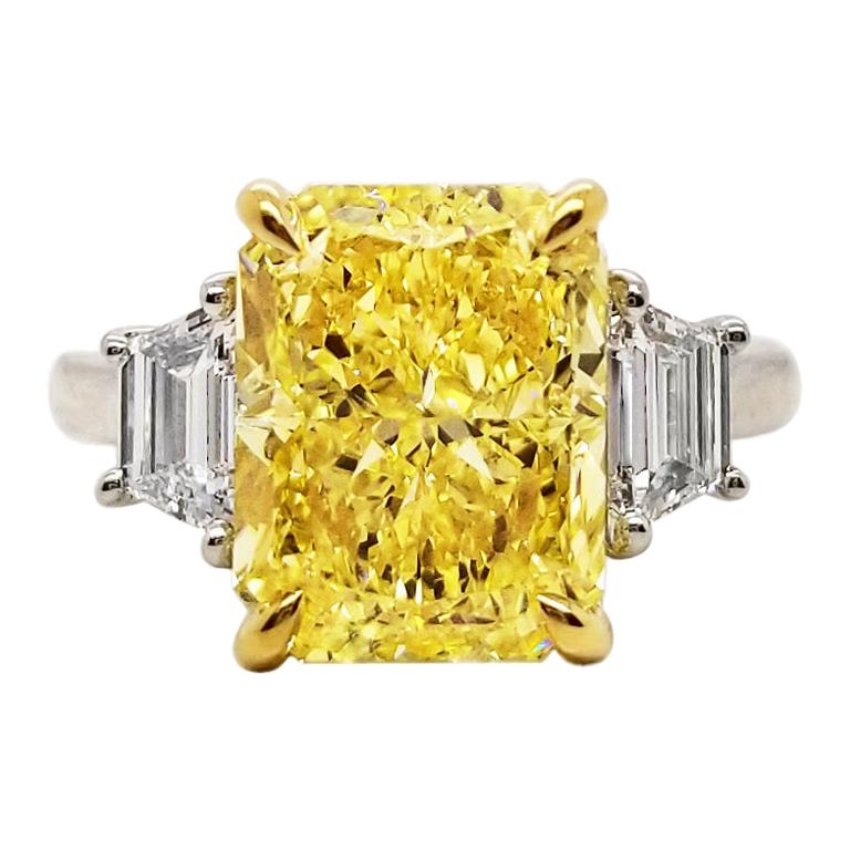 Scarselli 5 Carat Fancy Intense Yellow Diamond Engagement Ring in Platinum
