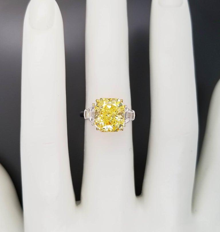 Women's or Men's Scarselli 5 Carat Fancy Intense Yellow Diamond Ring in Platinum For Sale