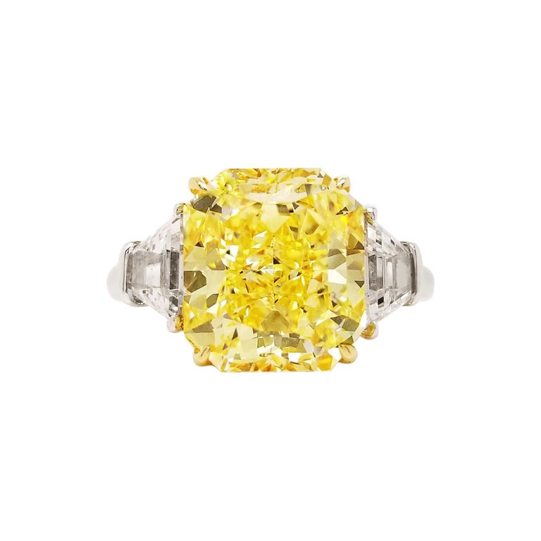 Scarselli 5 Carat Fancy Intense Yellow Diamond Ring in Platinum For Sale