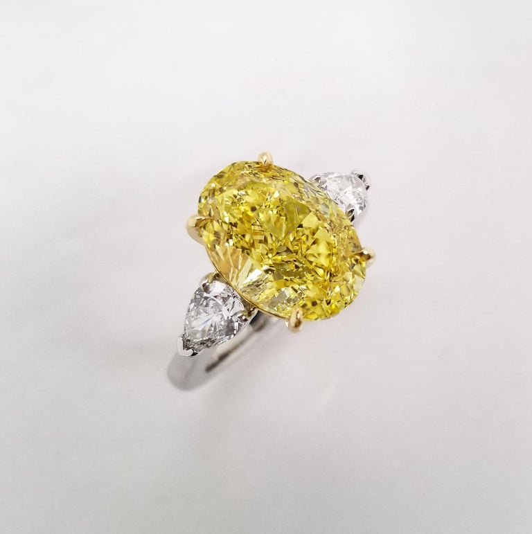 Contemporary Scarselli 5 Plus Fancy Vivid Yellow Diamond Engagement Platinum Ring For Sale