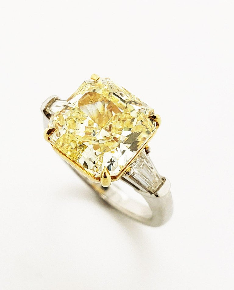 Radiant Cut Scarselli 6 Carat Fancy Intense Yellow Radiant Diamond Ring in Platinum VS1 GIA For Sale