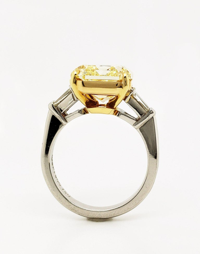 Women's Scarselli 6 Carat Fancy Intense Yellow Radiant Diamond Ring in Platinum VS1 GIA For Sale