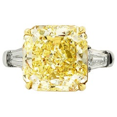 Scarselli 6 Carat Fancy Intense Yellow Radiant Diamond Ring in Platinum VS1 GIA