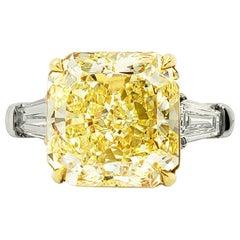 Scarselli 6 Carat Fancy Intense Yellow Radiant Diamond Ring in Platinum VS1 GIA