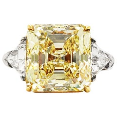 Scarselli 6.80 Carat Fancy Yellow Diamond Ring in Platinum