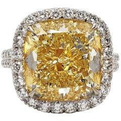 Scarselli 7.54 Carat Fancy Light Yellow Diamond GIA Certified in Platinum Ring