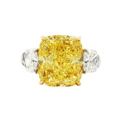 SCARSELLI 9 Carat Fancy Vivid Yellow Natural Diamond Engagement Ring GIA