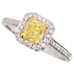 SCARSELLI Engagement Ring 0.50 Carat Fancy Yellow Diamond GIA Certified