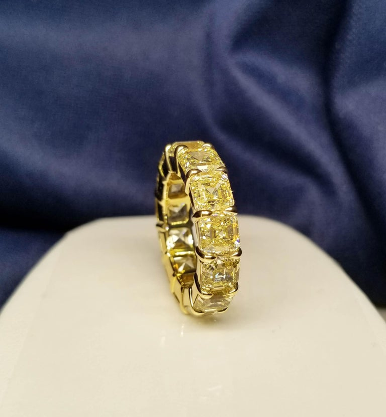 Scarselli Eternity Band 1.00 Carat Fancy Yellow Asscher Diamonds GIA Certified For Sale 1