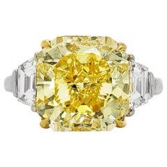 Scarselli Ring 5 Carat Fancy Vivid Yellow Radiant Cut Diamond in Platinum