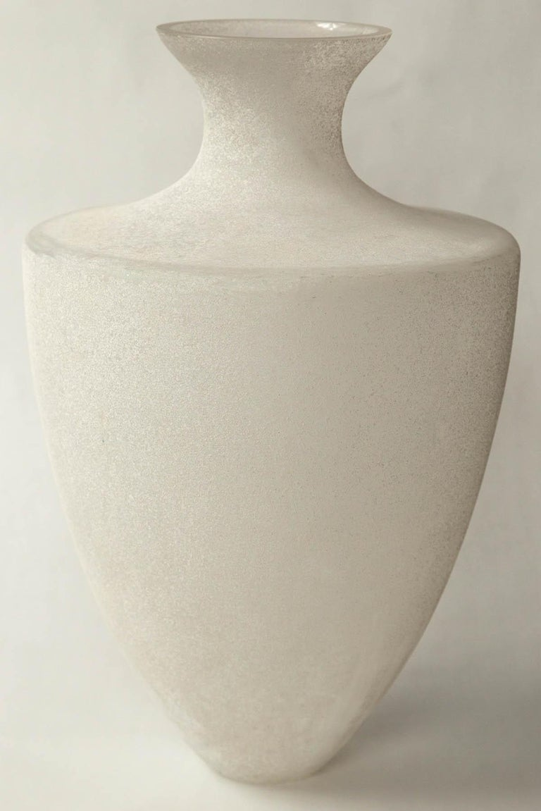 Scavo Glass Vase by Seguso, Murano, Italy, 20th Century In Good Condition For Sale In Chappaqua, NY