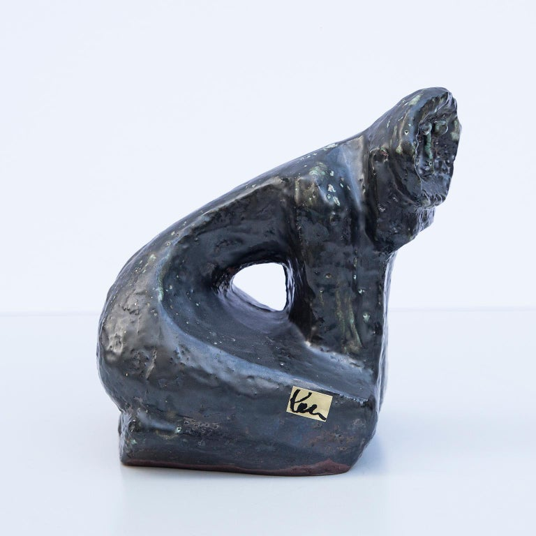 Unique ceramic object in form of a of a kneeling, thoughtful person in the style of Picasso from the Artist Helmut Friedrich Schäffenacker, Germany 1960's.  Unique piece with artist mark.  Helmut Friedrich Schäffenacker (1921-2010) was a