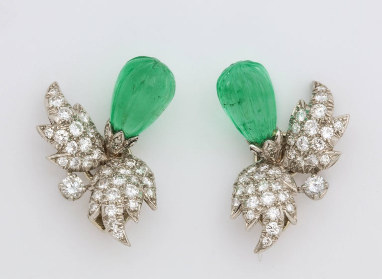 Jean Schlumberger for Tiffany & Co. Carved Emerald Diamond Gold Set For Sale 6