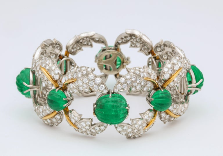 Jean Schlumberger for Tiffany & Co. Carved Emerald Diamond Gold Set For Sale 2
