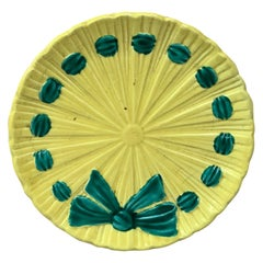 Schramberg German Majolica Bow Plate, circa 1900
