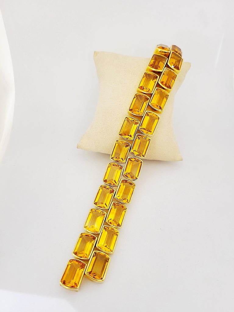Schreiner 18 Karat Yellow Gold Two-Row Emerald Cut 137.00 Carat Citrine Bracelet In New Condition For Sale In New York, NY