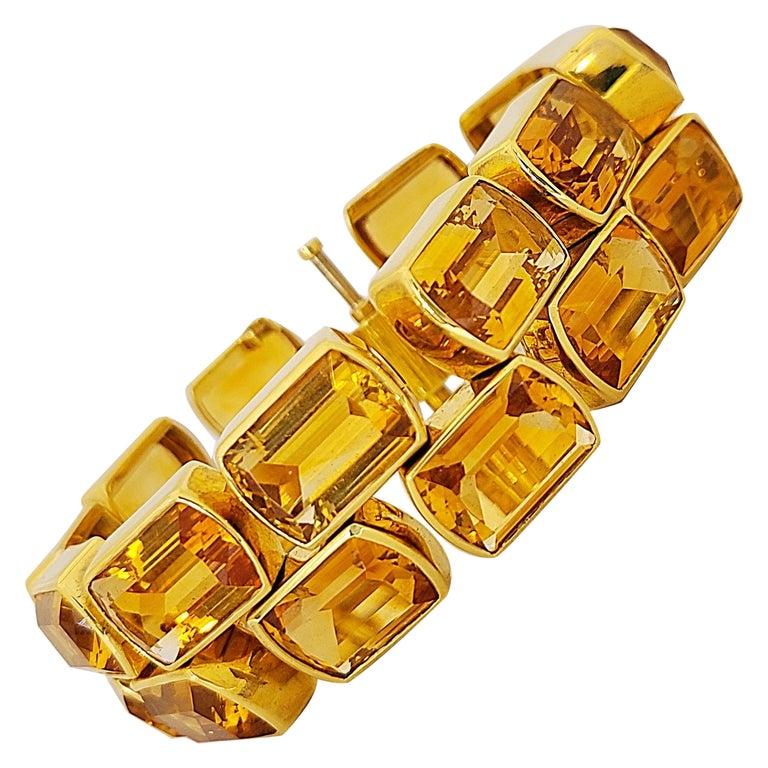 Schreiner 18 Karat Yellow Gold Two-Row Emerald Cut 137.00 Carat Citrine Bracelet For Sale