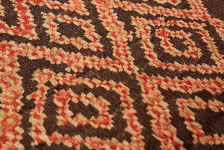 Contemporary Schumacher Amu Area Rug in Hand Knotted Wool Silk, Patterson Flynn Martin For Sale