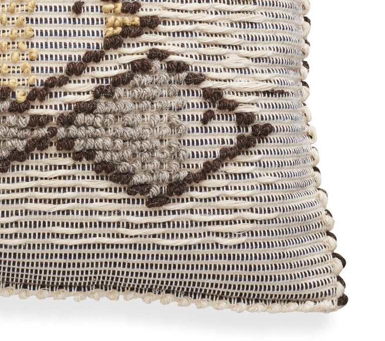 Schumacher Artigianale Italian Handwoven Cotton Wool Natural Blue Pillow In New Condition For Sale In New York, NY